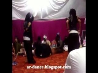 सेक्सी अरबी नृत्य