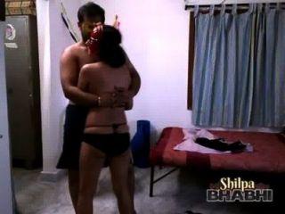 शिल्पा पति के साथ बिकनी में सेक्सी भारतीय बेब नाच bhabhi