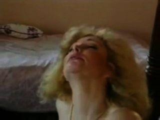 Leanna लोवेलास - चार posterbed पर