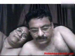चाचा और चाची घर का सेक्स - मुक्त गुदा अश्लील वीडियो, बड़े स्तन फिल्मों और एशियाई क्लिप Redtube