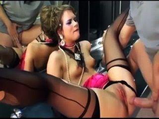 जांघ उच्च मोज़ा और दस्ताने में ग्लैमर सेक्स