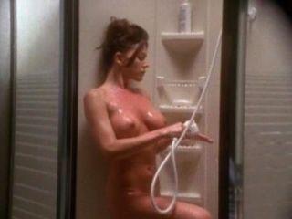 क्रिस्टा एलन और पॉल माइकल रॉबिन्सन Emanuelle 4 से सेक्स दृश्य
