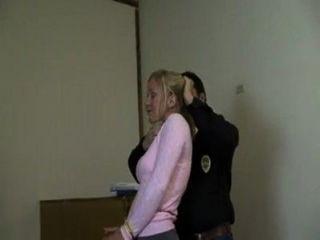 महिला को जंजीर और वीडियो गला घोट दिया - varus67 - MyVideo