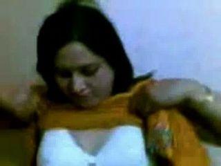 पंजाब से भारतीय पत्नी - Punjaban भाभी सेक्स