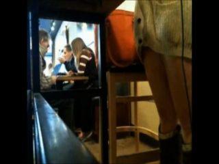 कैफे में नग्न tylerashay