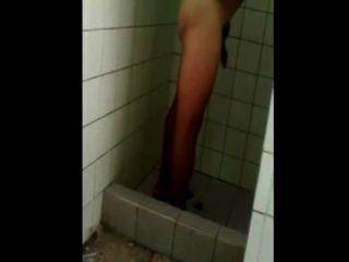 chicos peruanos desnudos एन लास duchas 02