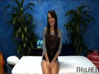इस सेक्सी 18 साल पुराने सेक्सी महिला