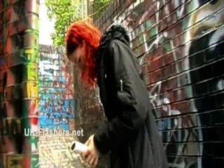 redheaded शौकिया बेब Monicas चमकती और शरारती दिखावटी माताएं सार्वजनिक