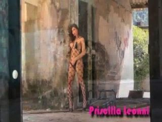 प्रिसिला 02 और बैल leonni;www.transexluxury.com