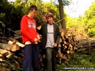 पीटर और Petar समलैंगिक सड़क पर जाने