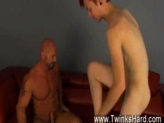 नग्न पुरुषों जेसन कुछ मांसपेशियों पिताजी गधा मिल गया!