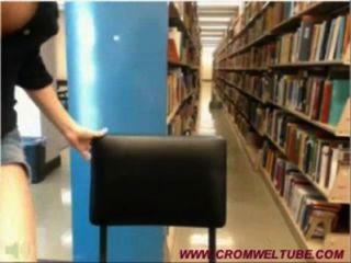 पुस्तकालय सांचा लड़की पकड़ा जाता है - cromweltube.com
