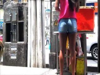 Venezolana चोर tremendo culo vendiendo