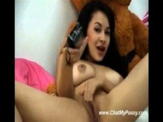 मिठाई webcamchat पर वयस्क खिलौने में खेल रहे है महिला