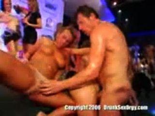 सबसे अच्छा सेक्स पार्टी कभी देखा
