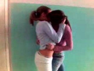 गर्म समलैंगिकों सार्वजनिक 1 में चुंबन