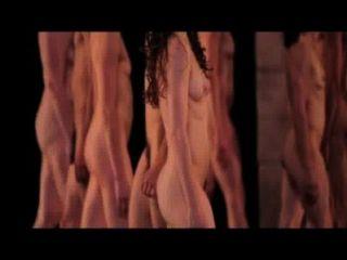प्रदर्शन desnudos