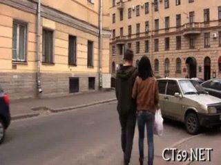 एक सींग लड़की के साथ गरम सेक्स