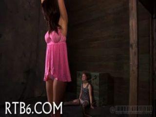 सुंदर Playgirl lusty पीड़ा हो जाता है
