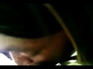 Eastside Thot निशा कार में सिर दे