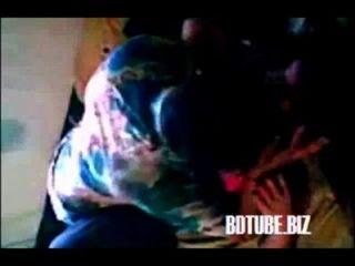 बांग्लादेशी शिक्षक और स्कूल के छात्र सेक्स स्कैंडल
