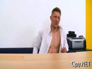 समलैंगिकों के लिए शरारती त्रिगुट