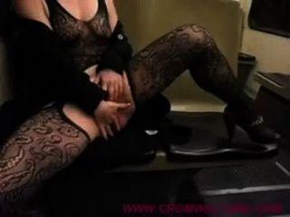 हंगरी में ट्राम पर masturbatin - cromweltube.com