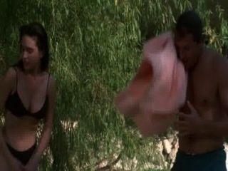 जेनिफर कोनेली, डेबरा कोल आदि गर्म स्थान (1990)