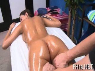 सेक्सी और सींग का अठारह वर्षीय floozy