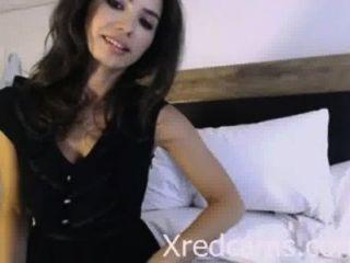 xredcams.com से लैटिन हॉट - कैम पर clit की मालिश