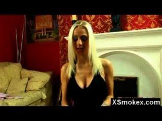 गर्म योनि बुत धूम्रपान फूहड़ नंगा