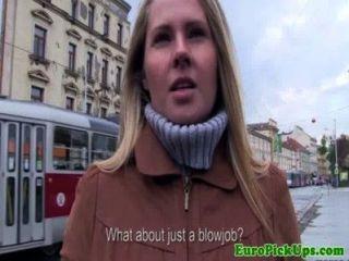 यूरो girlnextdoor नकदी के लिए मुर्गा बेकार है