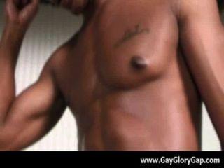समलैंगिक कट्टर gloryhole सेक्स अश्लील और गंदा समलैंगिक handjobs 21