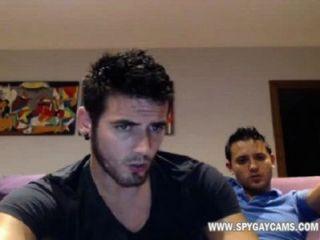 अश्लील समलैंगिक परिवार शुल्क वेबकैम www.spygaywebcams.com