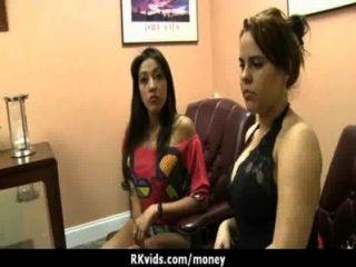 पैसा 13 के लिए असली सेक्स
