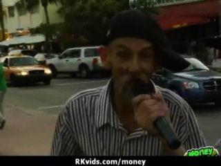 सेक्स अपने बिलों का भुगतान 1