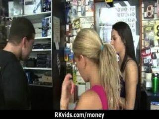 किराया 5 का भुगतान करने के लिए सबसे अच्छा तरीका