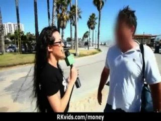 शौकिया लड़की एक बकवास 7 के लिए पैसे लेता है