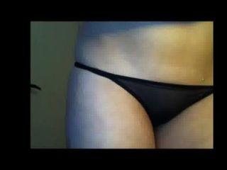 सुडौल महिला teases और सभी से पता चलता है