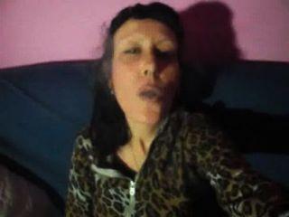 मिस वैगन - Silenzio में धूम्रपान