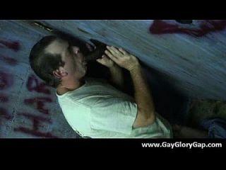 समलैंगिक कट्टर gloryhole सेक्स अश्लील और गंदा समलैंगिक handjobs 11