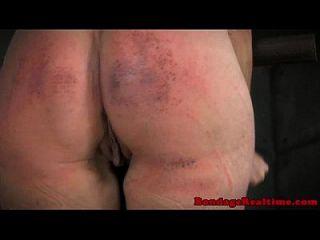 spanked उप toyed हो रही है