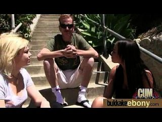 आबनूस बेब सफेद लोगों के समूह को बेकार 16