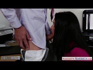 स्टॉकिंगेड बेब जेसिका जॉय बकवास मुश्किल