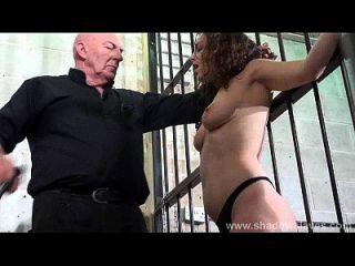 बकवास स्तन और बंधुआ और गंभीर बीडीएसएम में गुलाम beauvoir की कठोर पिटाई