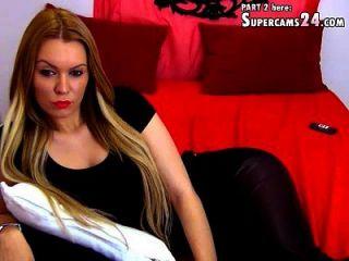 अविश्वसनीय डोरि लाइव सेक्स चैट कैम में निकिता डब्ल्यू पर परिपूर्ण हैं I