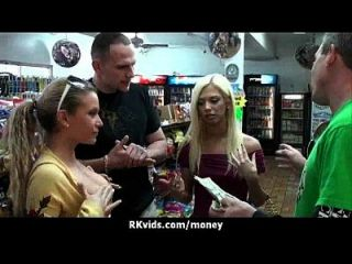 किराए का भुगतान करने का सबसे अच्छा तरीका 28