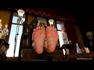 सहायता स्ट्रीट पैर की पूजा pov 1