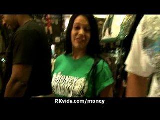 शौकिया लड़की एक बकवास के लिए पैसे लेता है 29