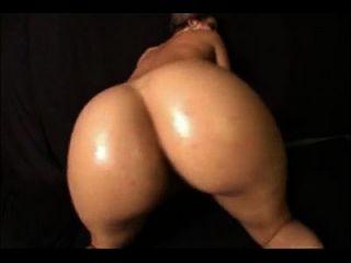 सबसे अच्छा सफेद लड़की twerking सुंदर गधा मिलाते हुए